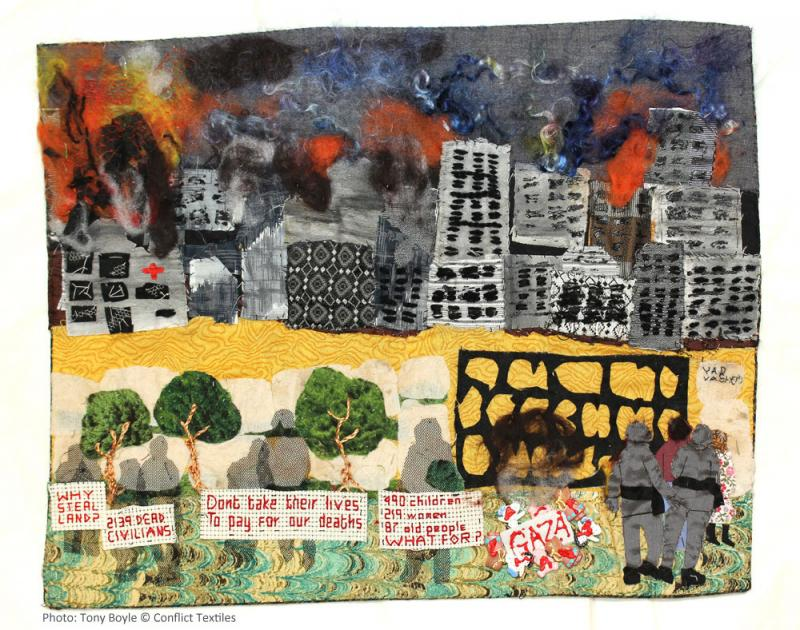 Gaza, English arpillera, Linda Adams, 2014, Photo Tony Boyle, Conflict Textiles collection